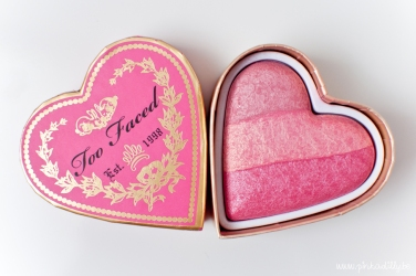 laura-coker-pinkadilly-too-faced-sweethearts-perfect-flush-blush-something-about-berry_1